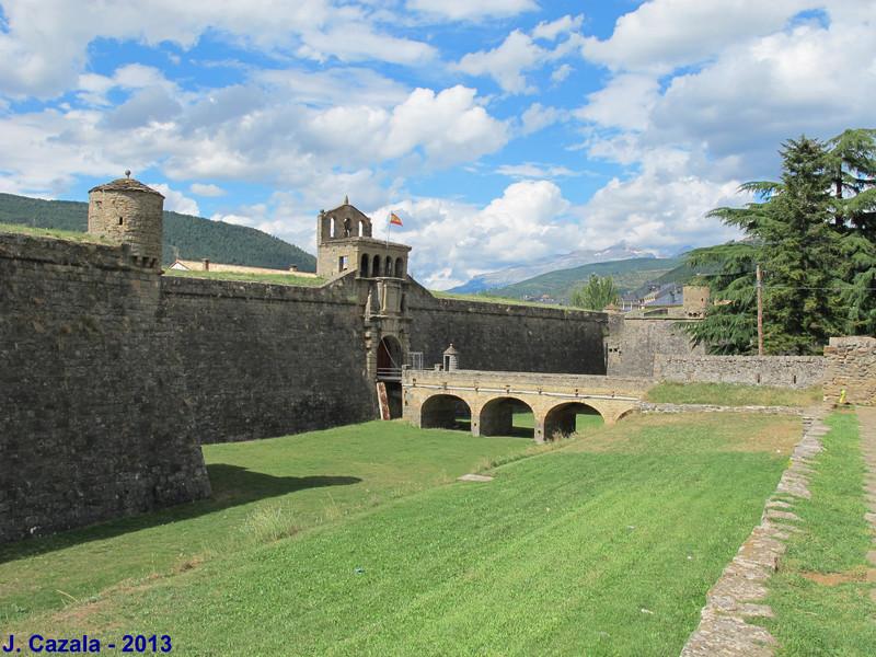 Les fortifications de la ville de Jaca