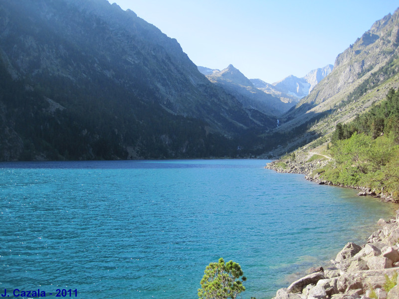 Lac de Gaube dans la vallée des Oulettes