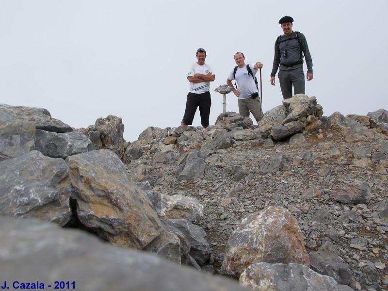 Au sommet du Pic d'Anie