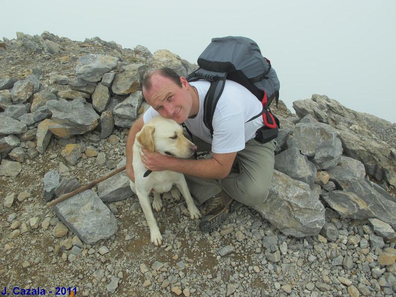 Kemar et Chipie au sommet du Pic d'Anie