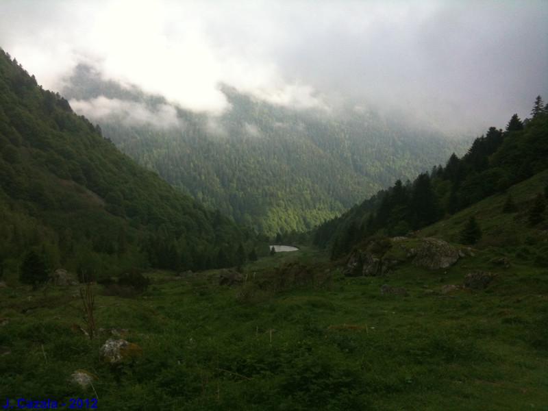 Vue sur la vallée depuis le sentier du lac