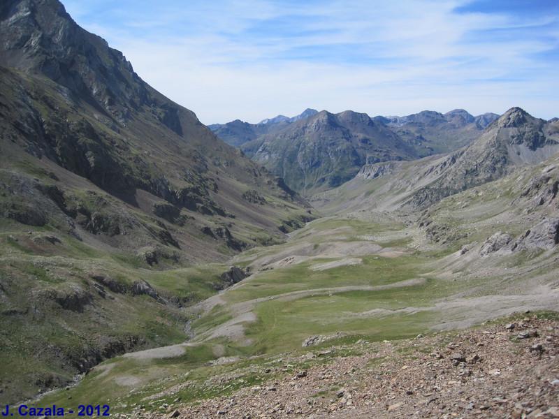 La vallée du Rio Ara depuis le sentier du col des Mulets