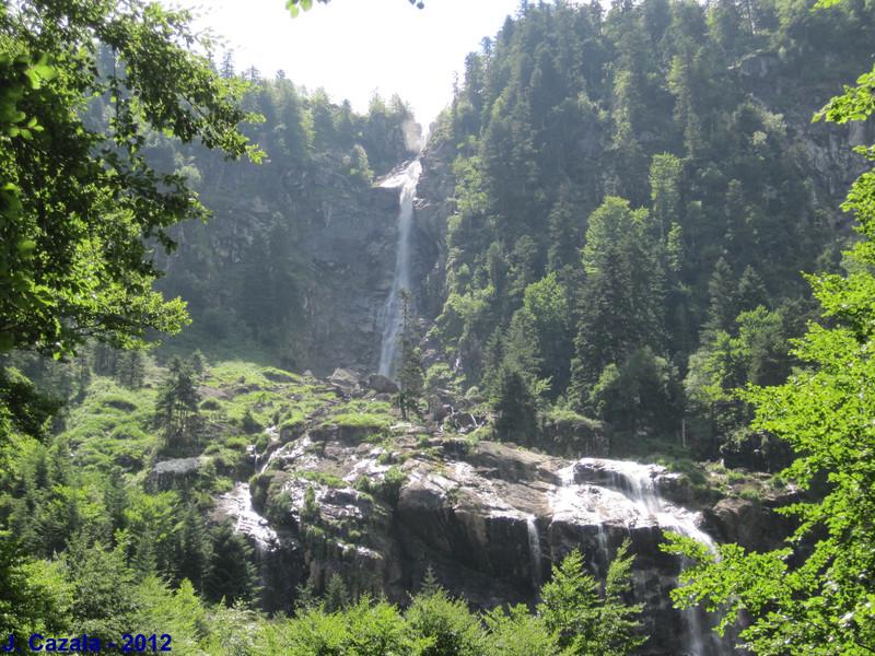 La célèbre cascade d'Ars