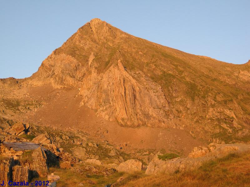 Le Mont Valier au coucher de soleil depuis la terrasse