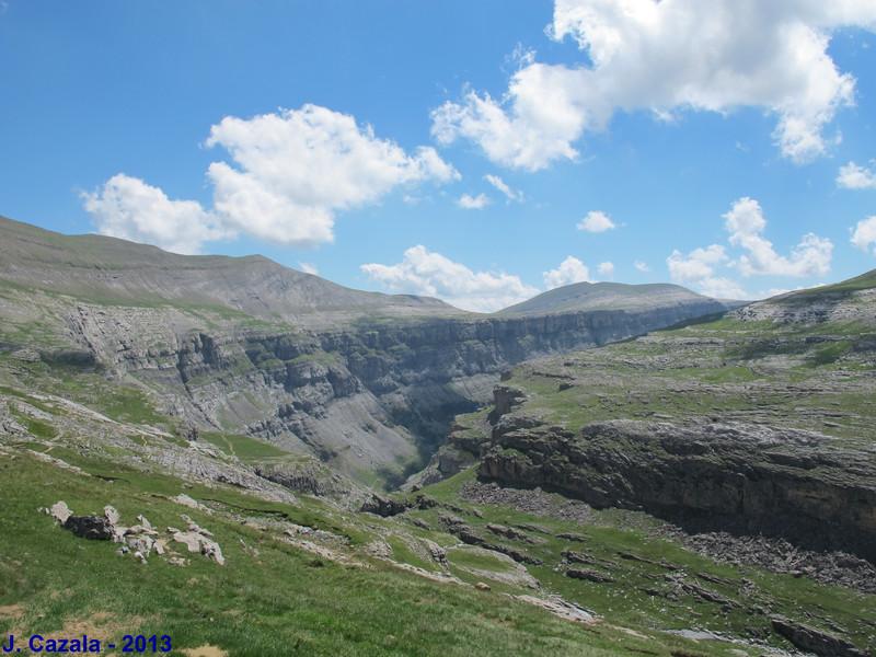 Vallée d'Ordesa depuis Goriz