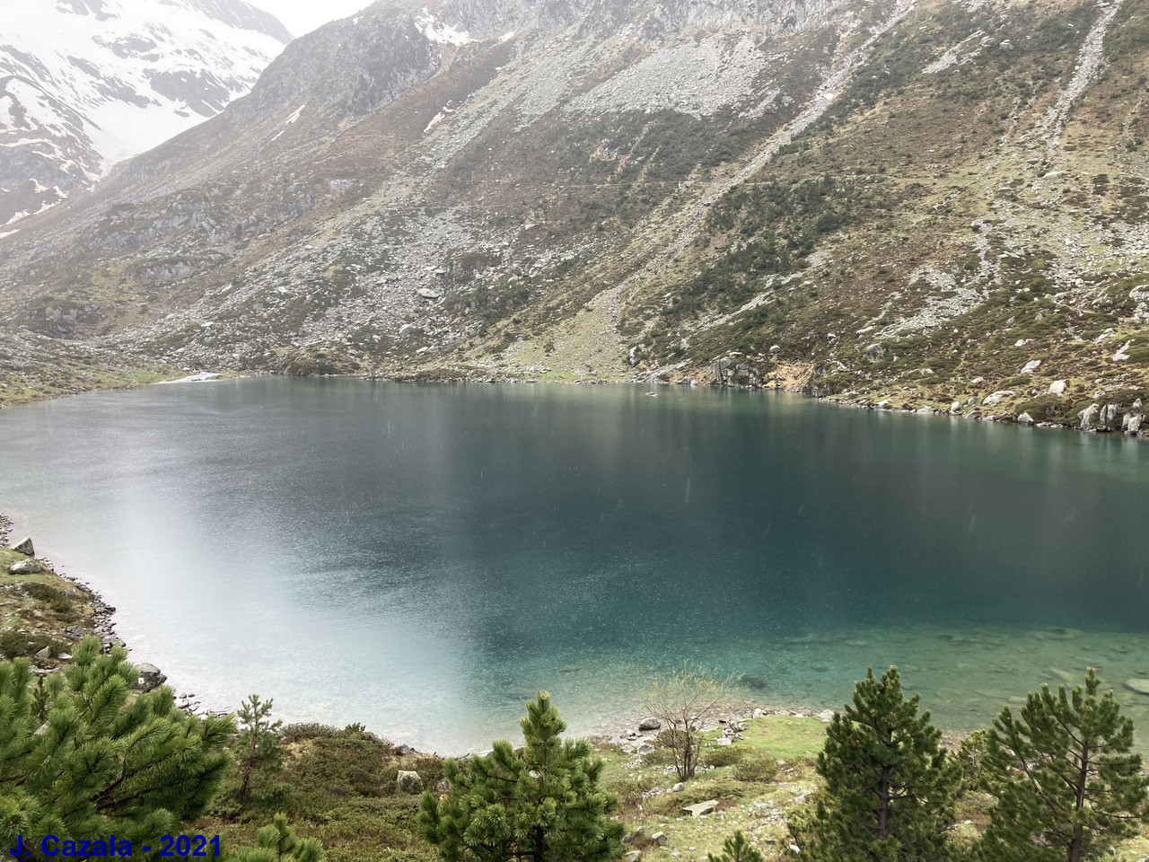 Le lac d'Estom